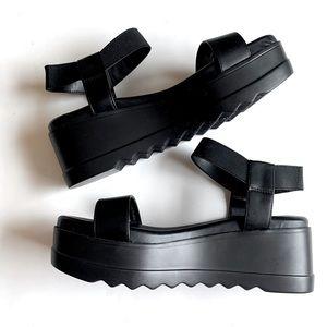 Steve Madden Black Platform Sandal